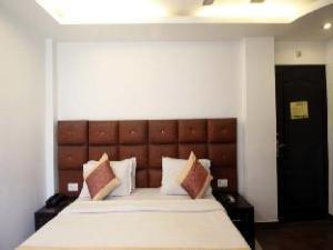 Hotel Shelter