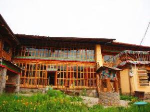 Shangri-La Timberline Lodge