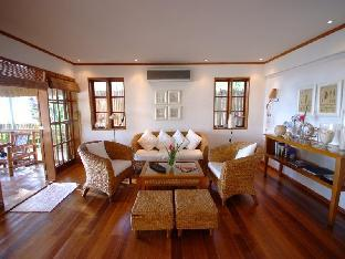 picture 1 of Robinson Beach House 4BR