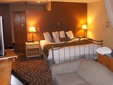Waterbird Lakeside Inn