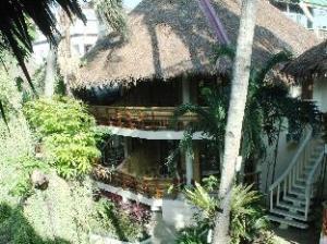 Nigi Nigi Nu Noos Beach Resort