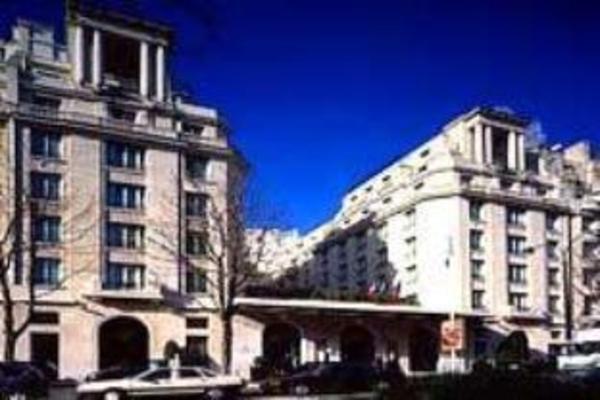 Four Seasons Hotel George V Paris Paris
