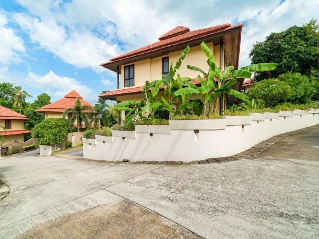 4 ห้องนอน 3 ห้องน้ำส่วนตัว ขนาด 500 ตร.ม. – Choengmon – 4 Bedroom Villa on beachfront resort (TG44)