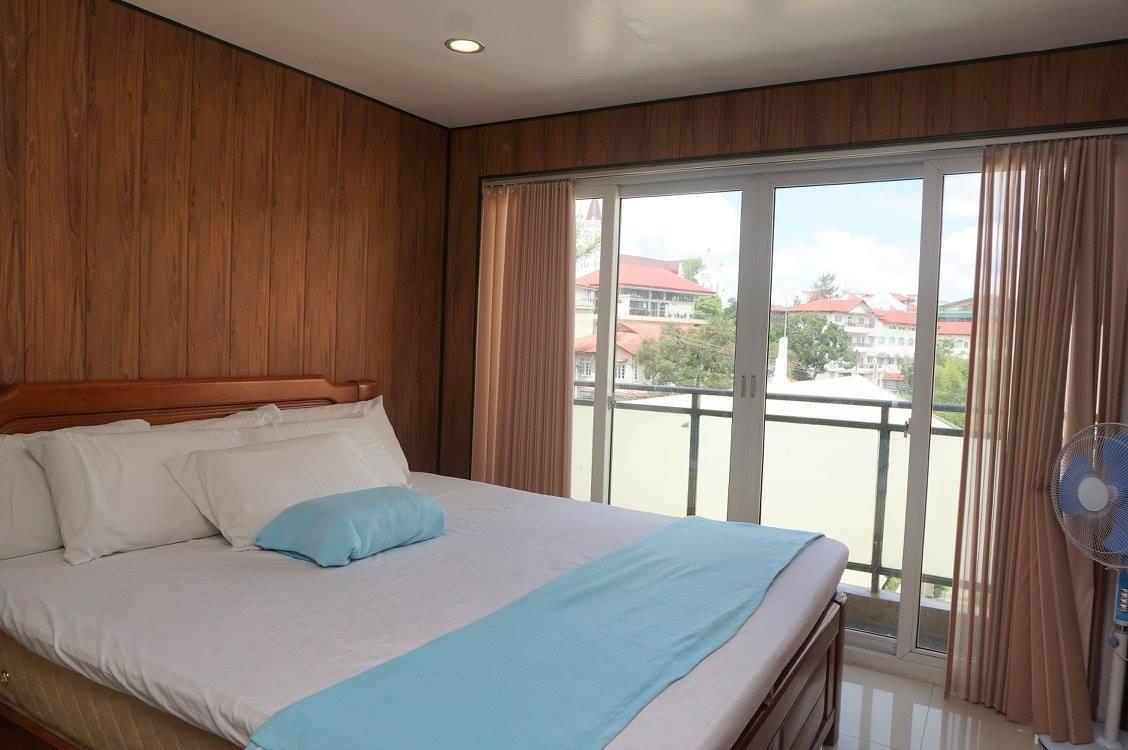 2 BEDROOM CONDO UNIT NEAR SESSION RD 4F39