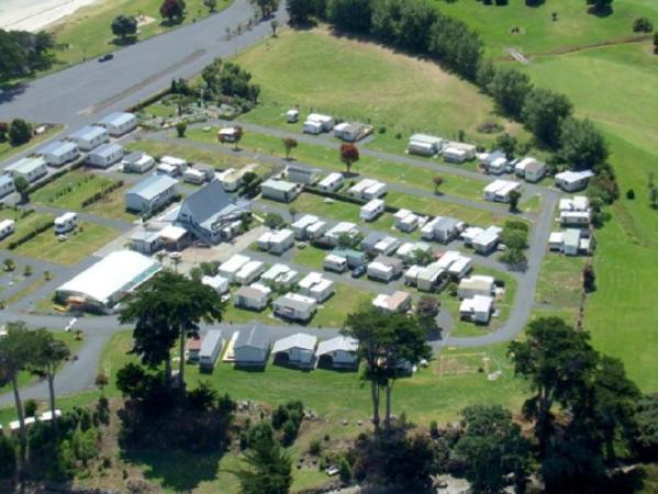 Clarks Beach Holiday Park Motels Auckland