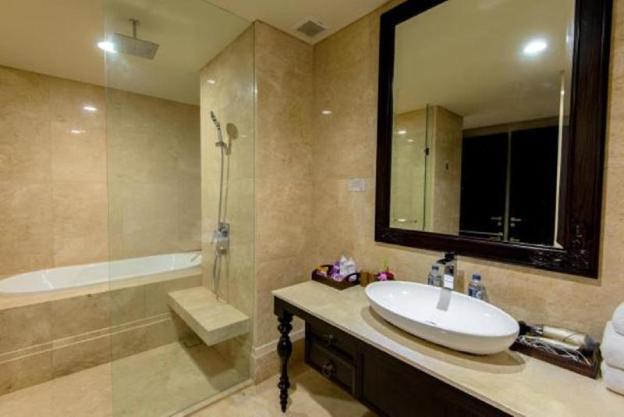 Ayana Residence Luxury Living
