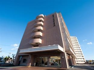 Omura Station Hotel