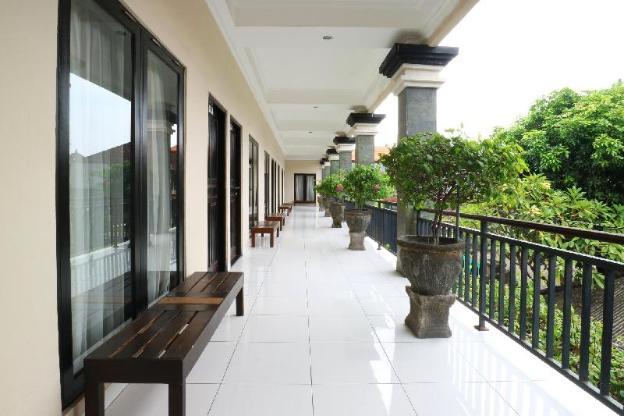 Warapsari Inn