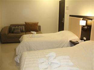 Manhattan Suites Inn