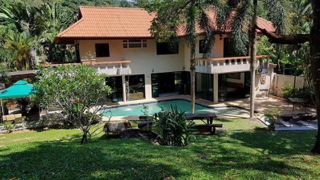 บ้าน 3 ห้องนอน 4 ห้องน้ำส่วนตัว ขนาด 2000 ตร.ม. – ในหาน – Anna Villa close to Nai harn beach