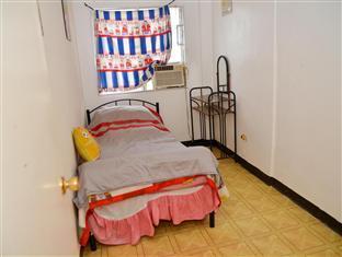 Wee's Apartelle Mactan