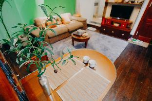Central Villa - Lacquer flat (Ha Noi OldQuarter)