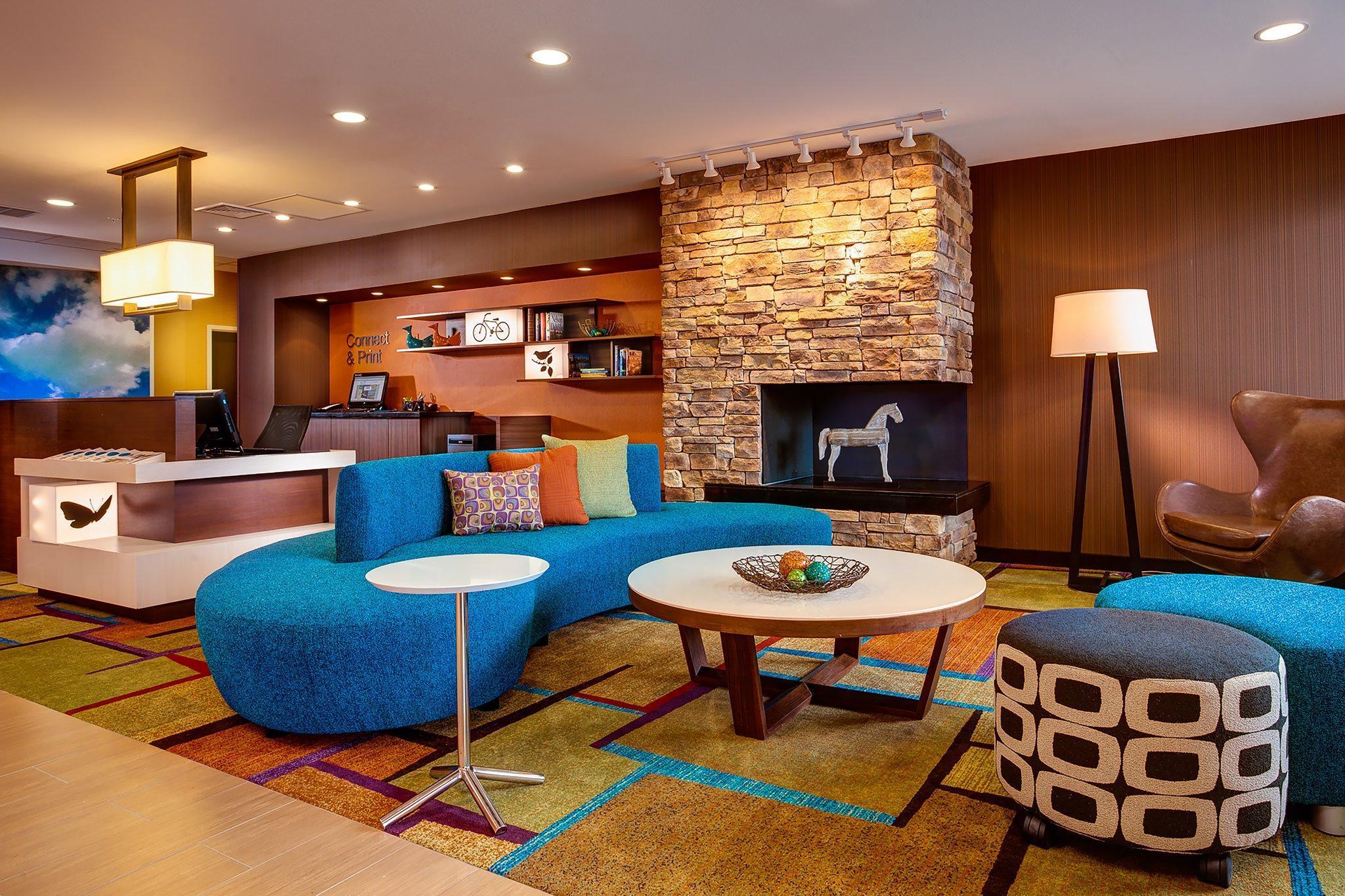 Fairfield Inn And Suites Hollister