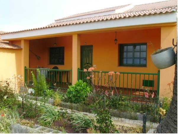 Casas Rurales Amparo Las Hayas
