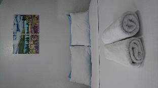 picture 4 of Citadel Inn 2 Bedroom for 8 Adults Makati ave