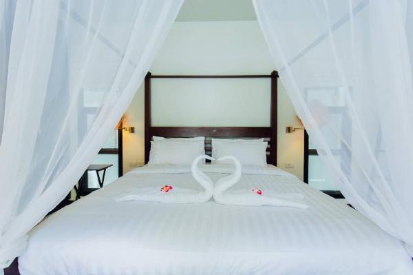 Baan Natfred Villa Phuket