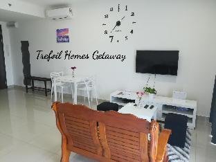 Homes Getaway @ Trefoil Setia Alam F19