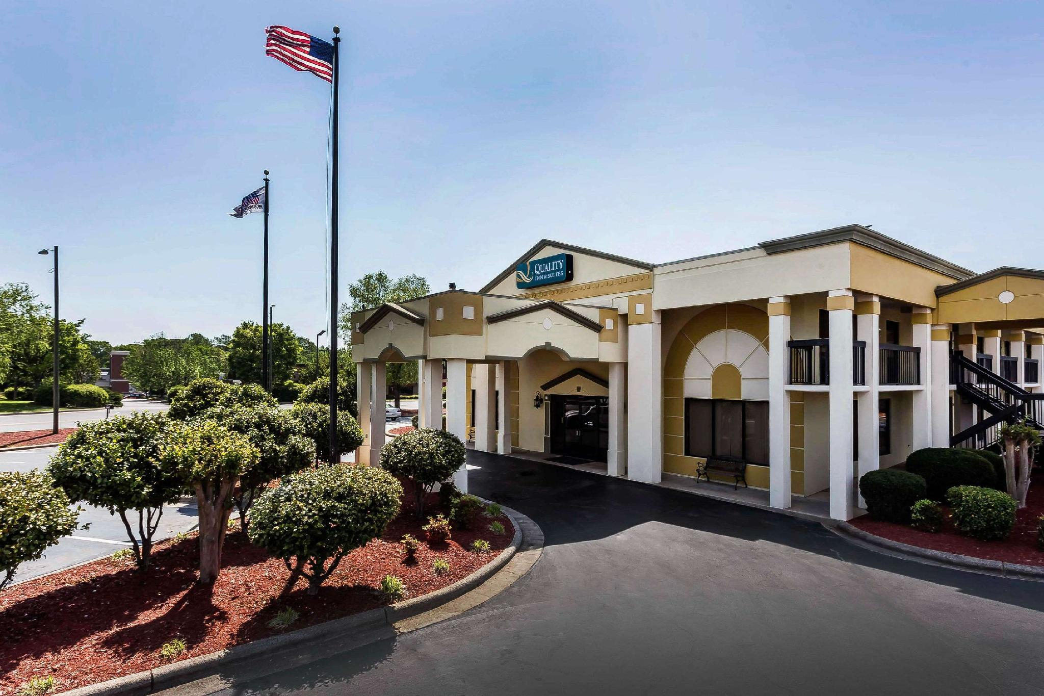 Quality Inn And Suites Mooresville Lake Norman