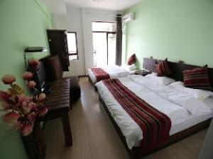 Nissi Holiday Hotel Jinghong Branch