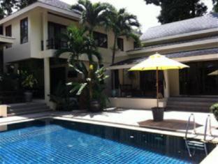 Treasure in the Wood Villa - Phuket