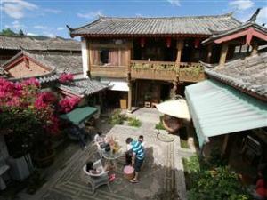 Revel in Lijiang Inn