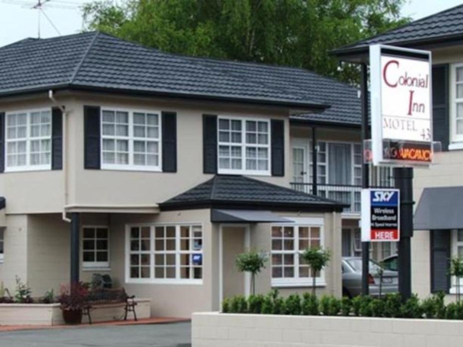 Colonial Inn Motel