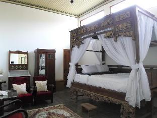 Ndalem Natan Royal Heritage - Deluxe Room 2 Yogyakarta
