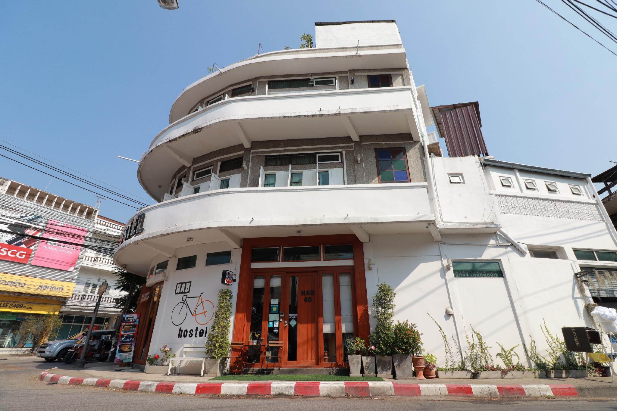 OYO 552 Hab40 Hostel