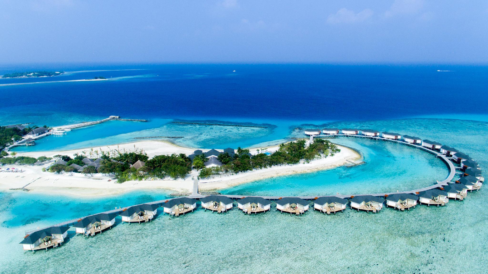 Cinnamon Dhonveli Maldives Water Suites
