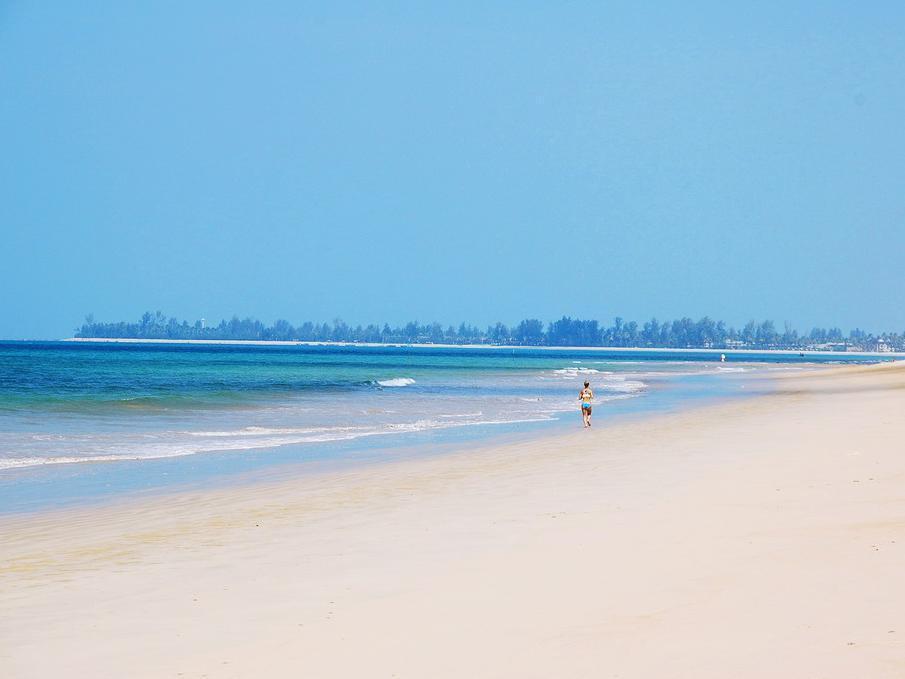Khaolak Orchid Beach Resort เขาหลัก ออร์คิด บีช รีสอร์ท