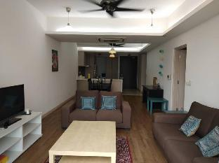Cozy Apartment 3BED 2BATH With Balcony