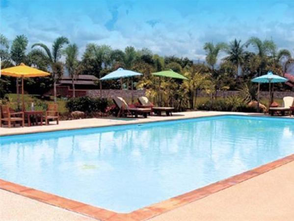 Saimoonbury Resort Chai Prakan