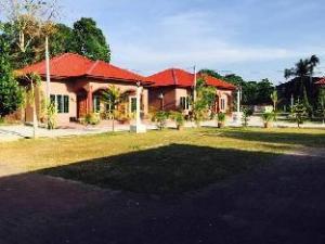 Symphony Vacation Muslim Home @ Lubuk Setul