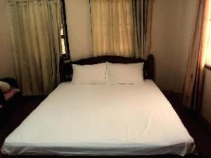 Bounmixay Guest House