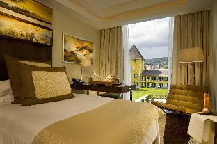 Фото отеля Falkensteiner Schlosshotel Velden – The Leading Hotels of the World
