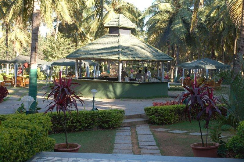 Royal Orchid Resort And Convention Centre