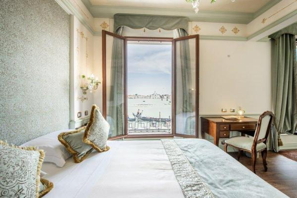 Hotel Monaco & Grand Canal Venice