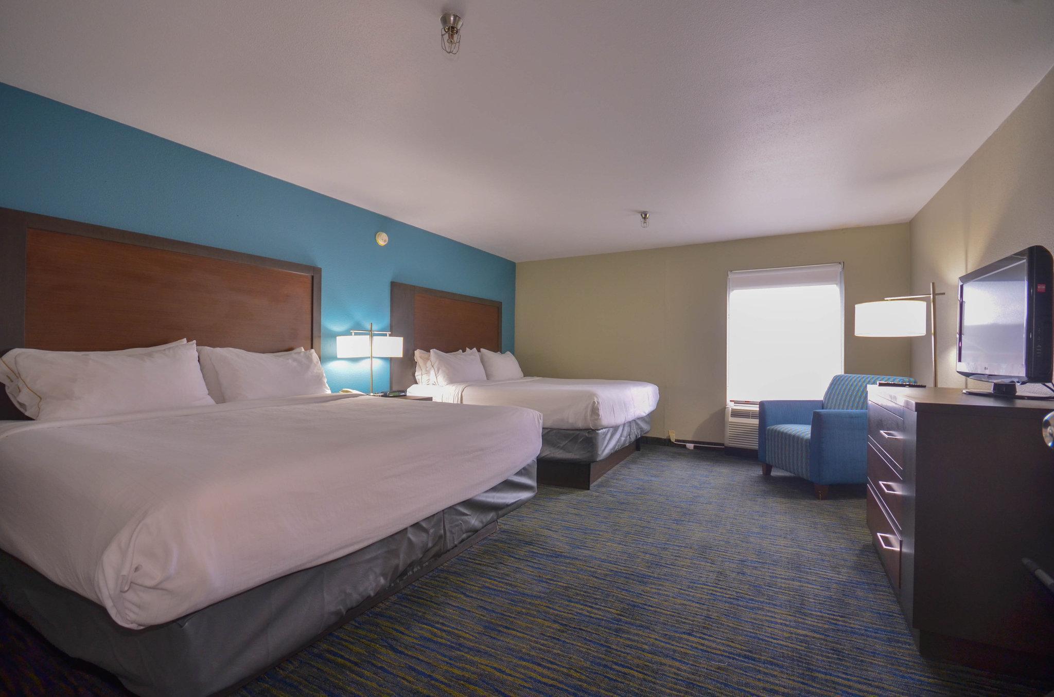 Holiday Inn Express & Suites Fayetteville University Of Arkansas Area