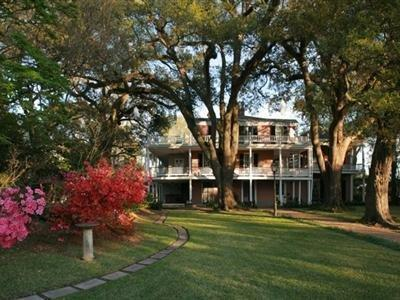 THE ELMS BED AND BREAKFAST