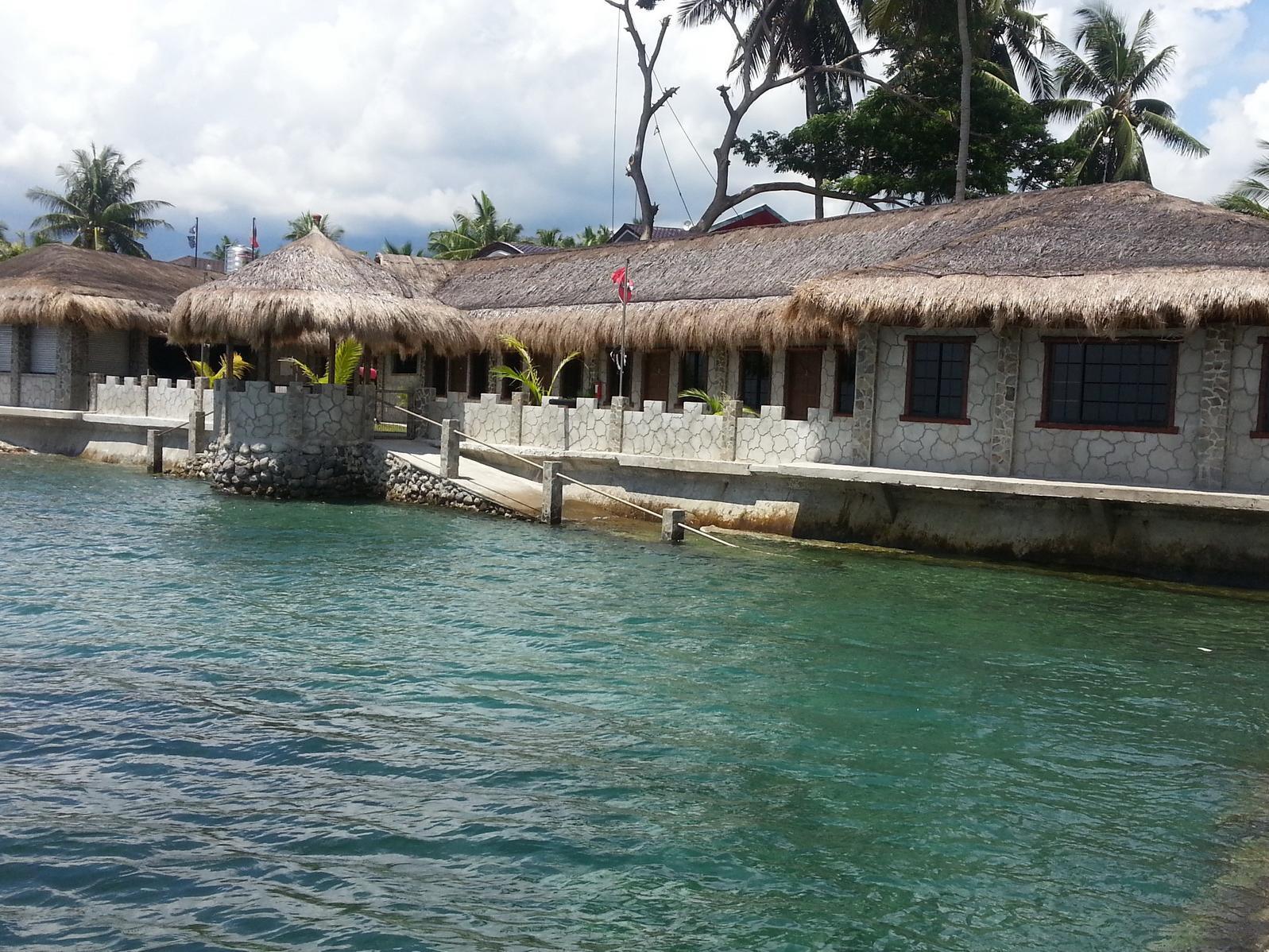 Tropico Beach Restobar Resort