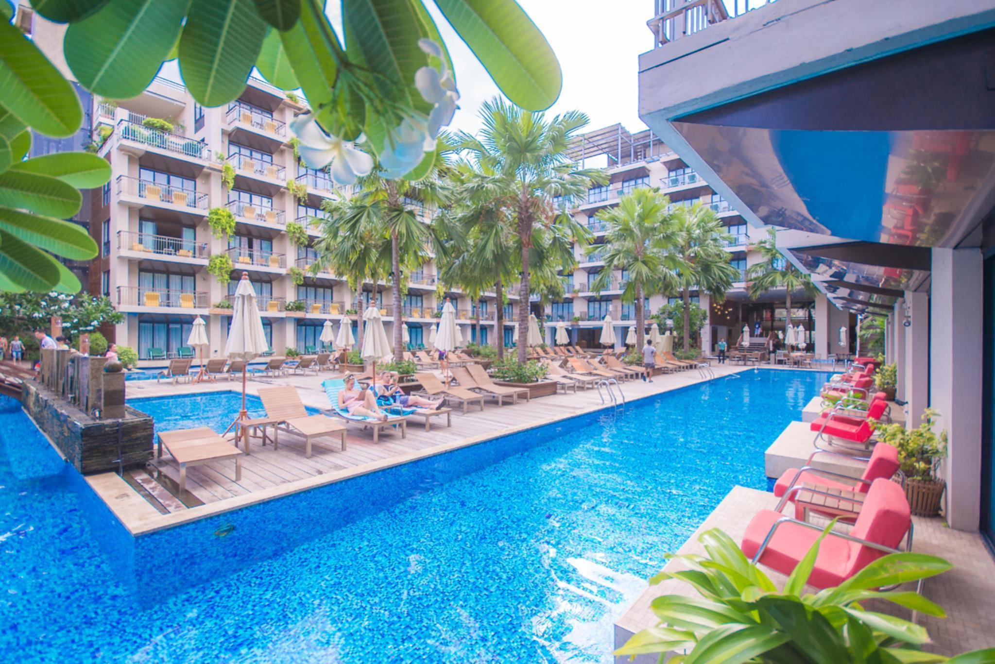 Baan Laimai Beach Resort & Spa บ้านลายไม้บีช รีสอร์ต แอนด์ สปา