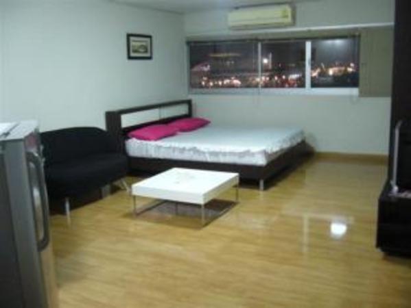 DMK Donmueang Guesthouse Bangkok