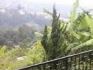Villa Lembah Dago Seratour