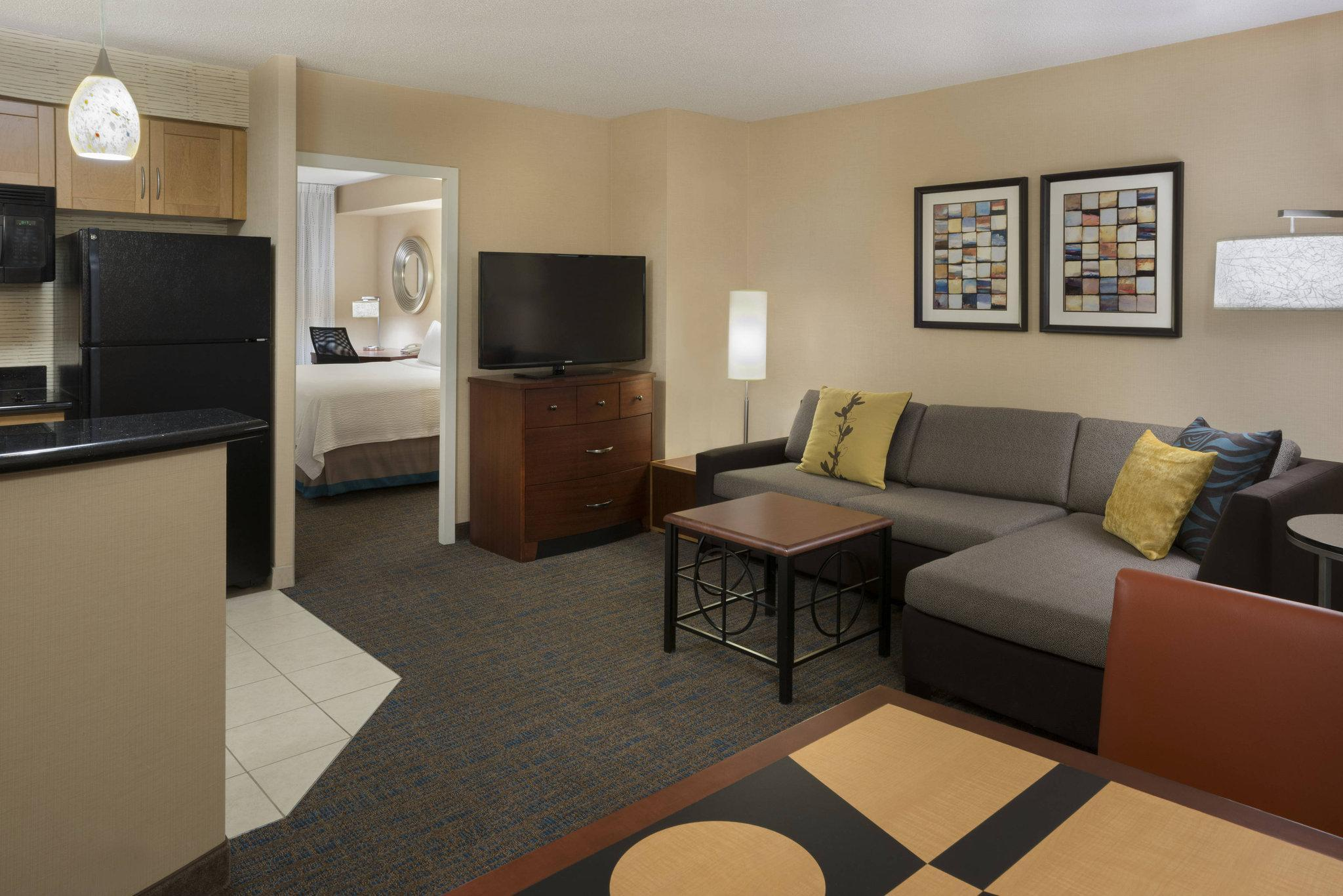 Residence Inn By Marriott Toronto Downtown Entertainment District