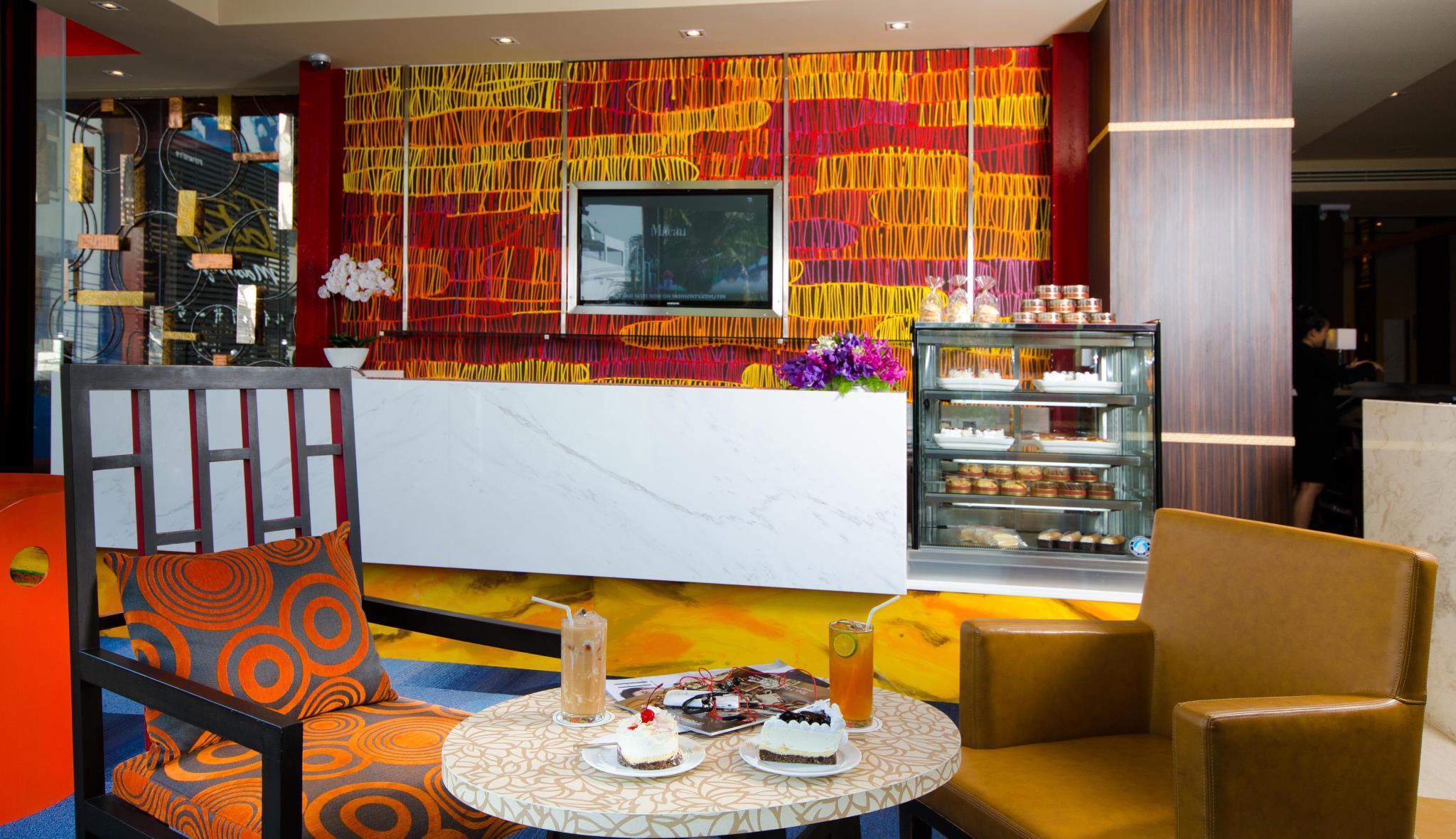 Tongtara Riverview Hotel โรงแรมทองธารา ริเวอร์วิว