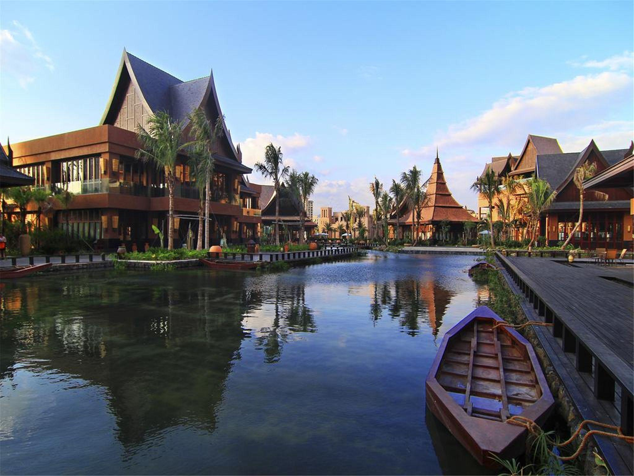 Mangrove Tree Resort World Sanya Bay Queen Palm Tower – Review, Pictures, Rates and Deals