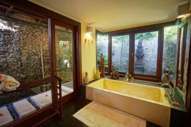 3BR Luxury Villa w Pool and View in Ubud Center