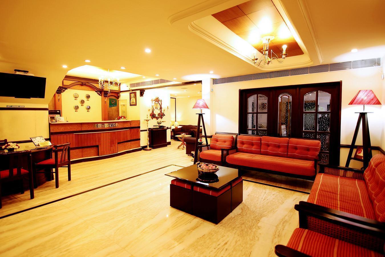 Yuvarani Residency Hotel