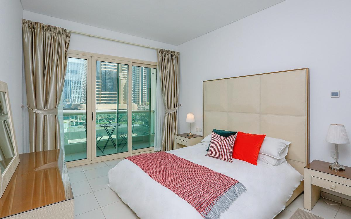 Kennedy Towers  1 Bed Royal Oceanic   Dubai Marina