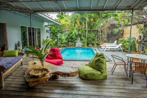 Beautiful villa with 3Bedroom & pool near Seminyak